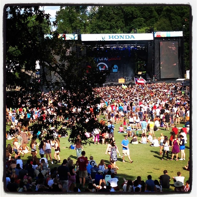 Twenty one pilots from afar #musicmidtown