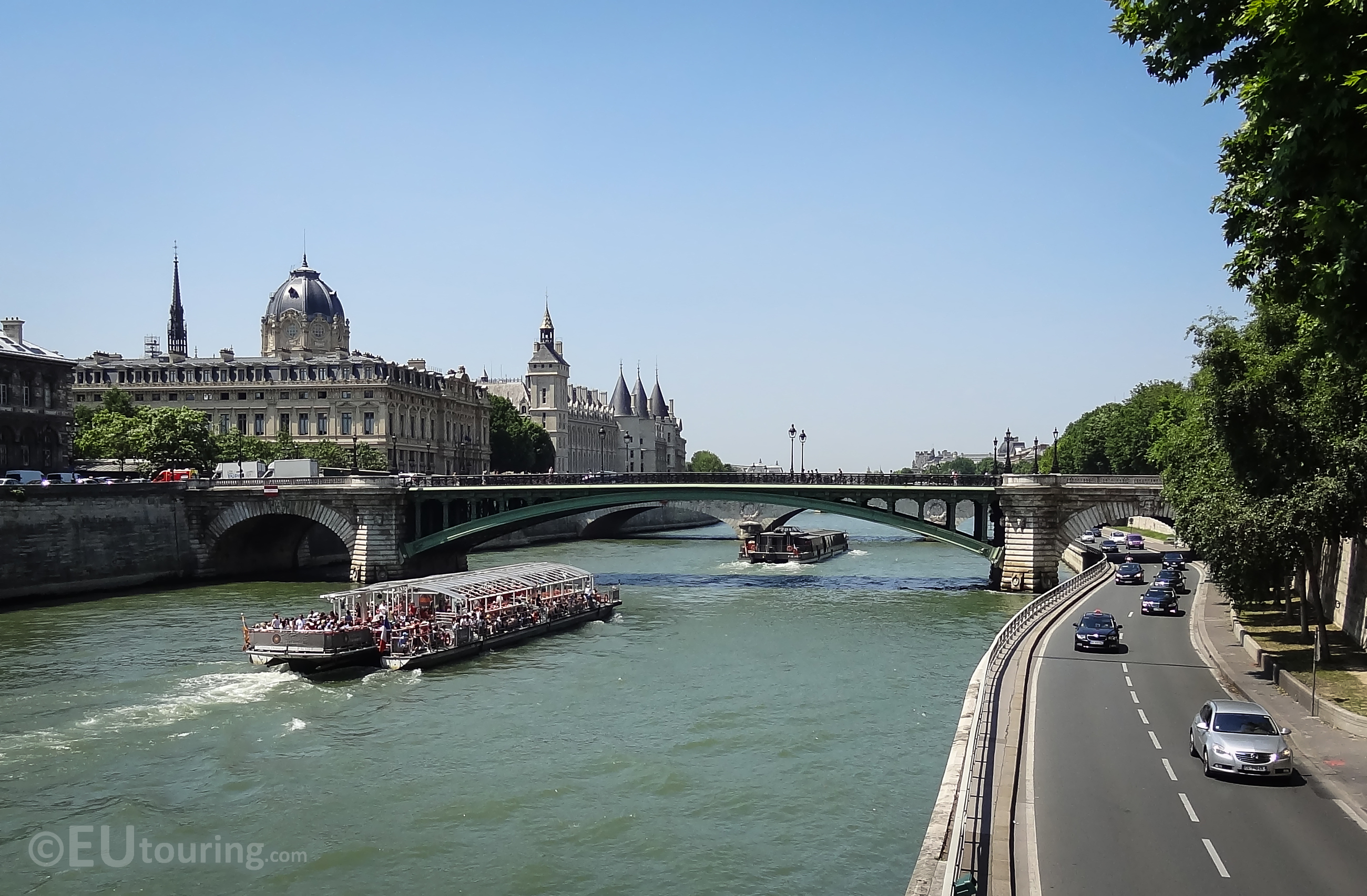 Looking towards the Pont Notre-dame