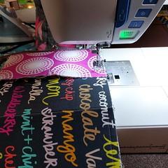 Working on my third retreat project, my first #zipuptraypouch in #boardwalkdelightfabrics  #seamqgretreat