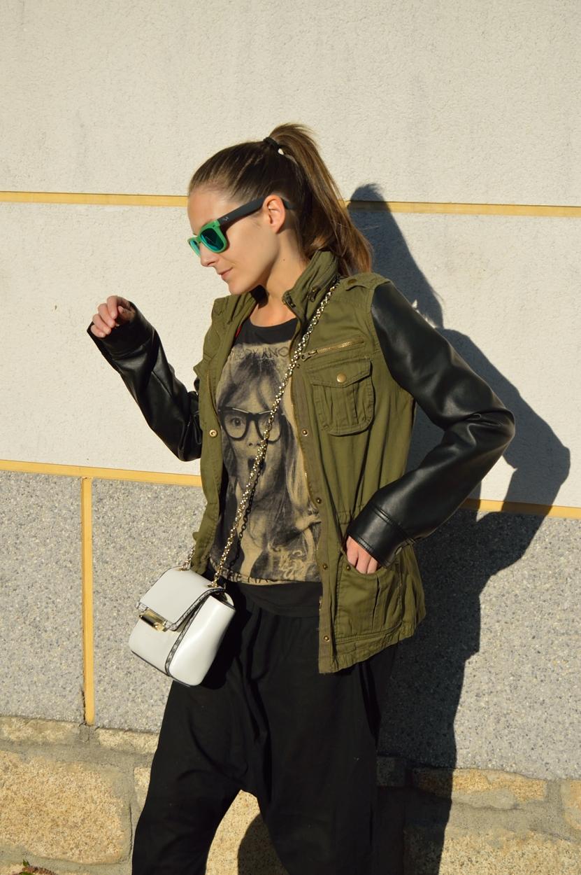 lara-vazquez-madlula-blog-style-fashion-baggy-pants-green-pop-of-white