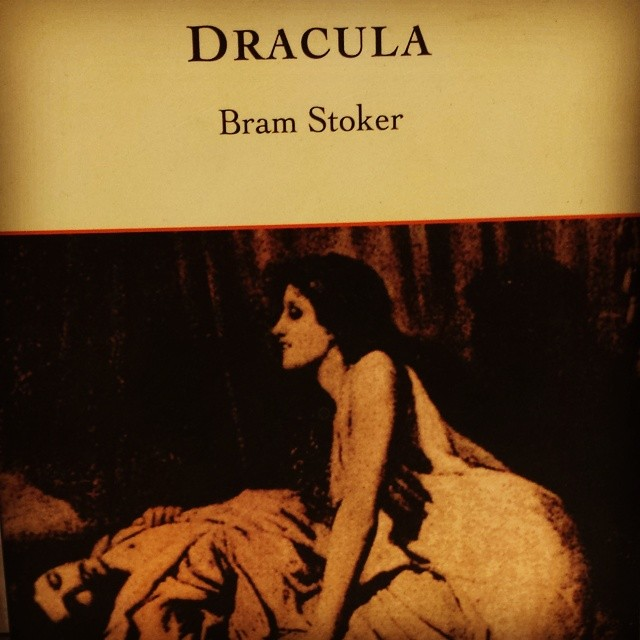 #Dracula #books #horror #lit
