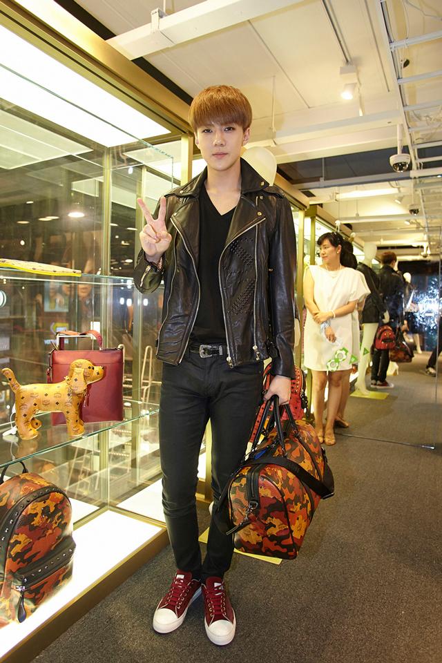 EXO-Sehun-with-MCM-Camo-Lion-Weekender