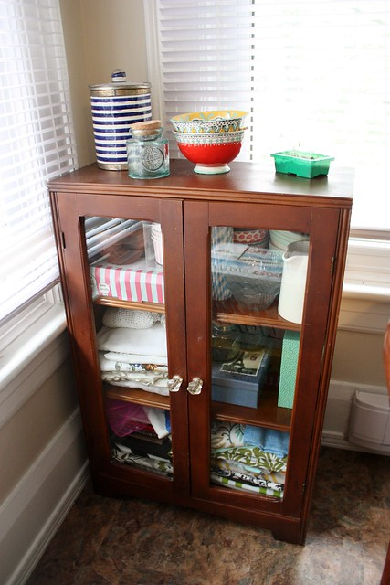 Glass Cabinet Makeover With Chalk Paint Decorative Paint By Annie