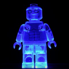 Dr Manhattan UV trans clear fig