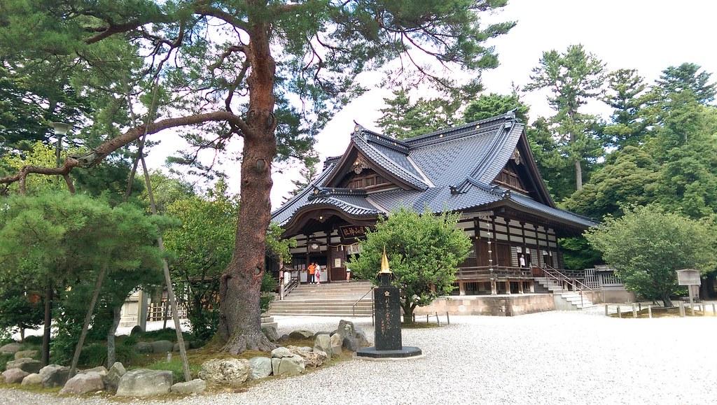 Oyama Jinja Shrine and War helment of Toshiie Maeda