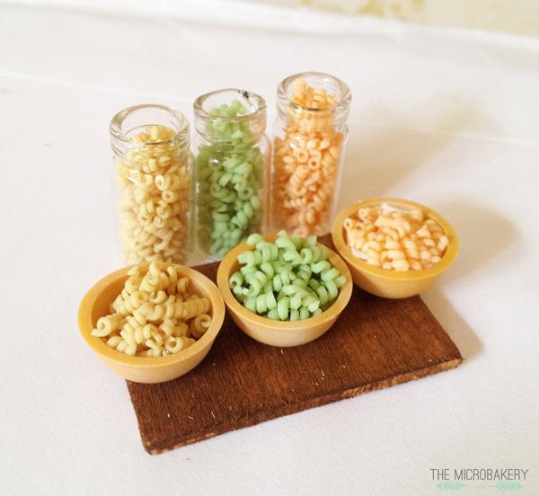 Noodles-(W)