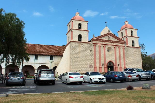 Santa barbara old santa barbara mission flickr photo for Case in stile missione santa barbara