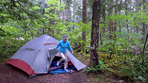 Tricia tent Washington Cascades 2014_0171