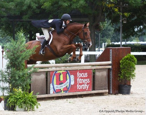 Molly Sewell and E.L. Raymond earn Second in the $5,000 Hallway Feeds USHJA National Hunter Derby