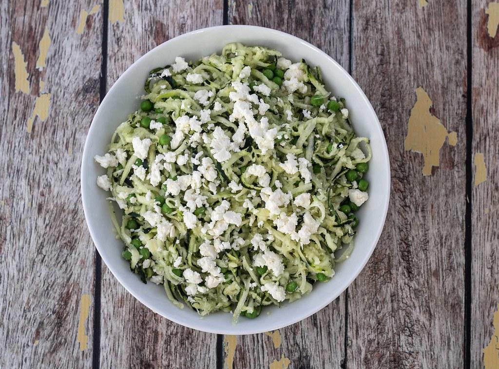 Squashsalat med feta og ærter (3)