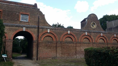 Stables, Cranford Estate #sh #LondonLOOP