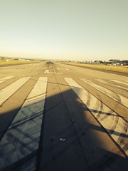 horizon, sunlight, line, morning, sky, runway,