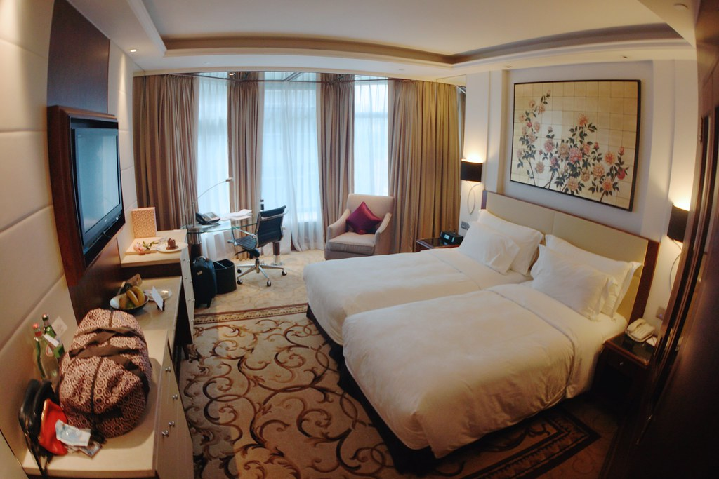 The Langham Hong Kong Review
