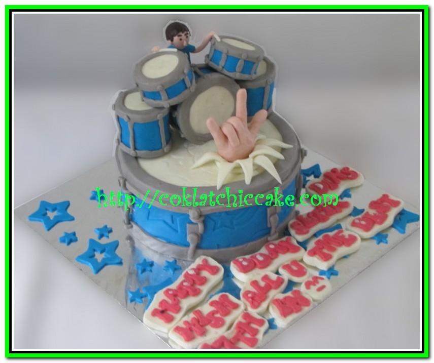 Kue ulang tahun drum