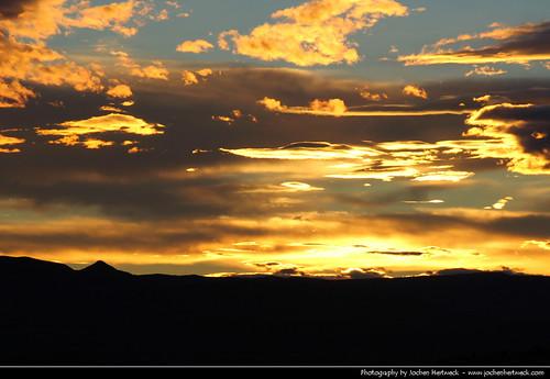 santa sunset red sky orange cloud patagonia sun nature argentina argentine yellow clouds landscape evening zonsondergang tramonto glow sonnenuntergang pôrdosol cruz ocaso 日落 province coucherdesoleil solnedgang apus solnedgång закат auringonlasku argentinien 阿根廷 日没 zachódsłońca залез matahariterbenam アルゼンチン 아르헨티나 аргентина mặttrờilặn