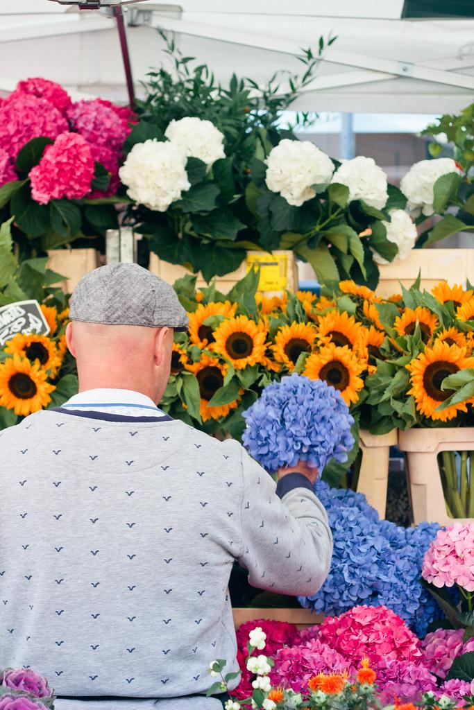 {columbia road flower market} via chevrons & éclairs
