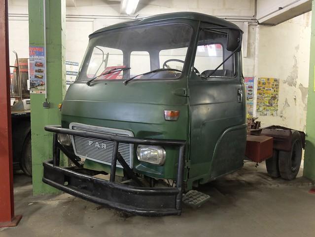 FAR Type CM 69 B2 (1971) Moteur Diesel SAVIEM