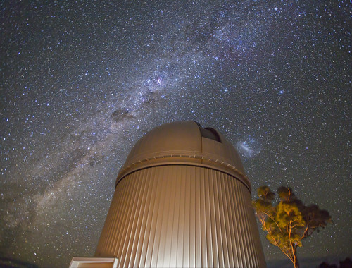 Milky Way rising, LMC & AAT