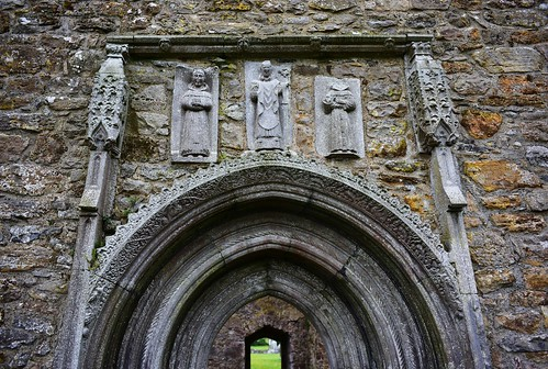 10thcenturyad 15thcentury 5441552ad 909ad abandoned abbey archaia architecture cathedral clonmacnoise countyoffaly gothicportal ireland medieval ruins templemcdermot