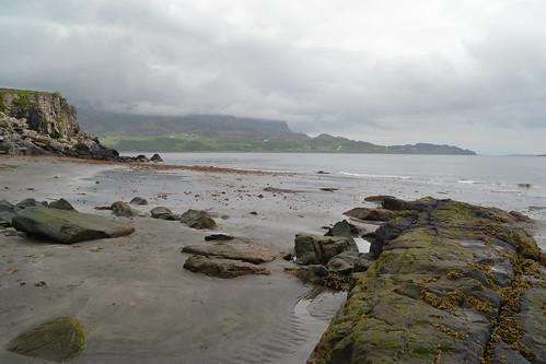 255 - skye - Staffin - an corran - dinosaur beach