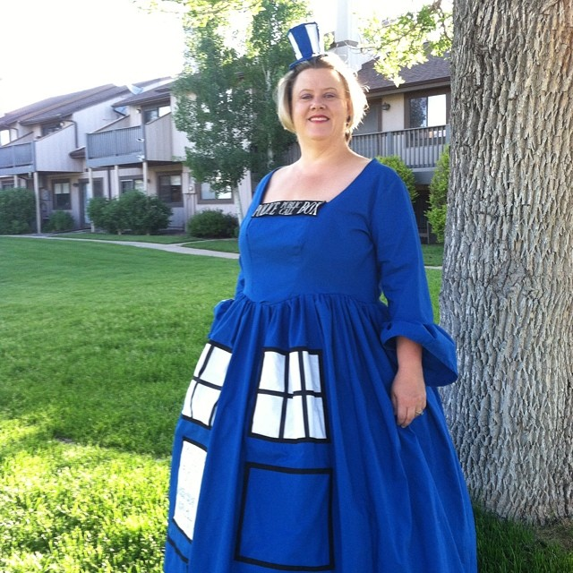 Keep an eye out at #denvercomiccon for my girl Mylady TARDIS! #doctorwho #tardis #cosplay #denver #comiccon