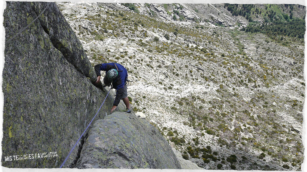 AGUJA ADOSADA TOROZO NORTE - EL TROGLODITA URBANO- 150 m MDsup 6b