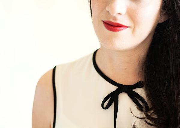 fashionpea, bw, black and white, red lipstick, בלוג אופנה, שחור ולבן, ליפסטיק אדום, דר משיח, אפונה בלוג אופנה