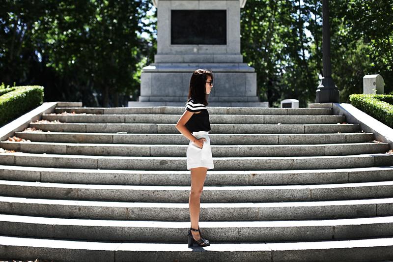 white-shorts-002