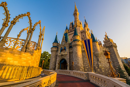 world morning light color castle sunrise landscape dawn golden orlando nikon day angle florida magic kingdom disney hour cinderella wdw walt ultrawide direct fantasyland 2014 uwa d610