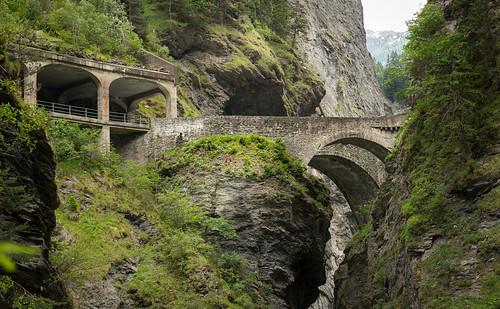 street bridge green schweiz nikon swiss strasse canyon via grün brücke viewpoint mala remo schlucht d800 aussichtspunkt sehenswürdigkeit graubünden viamala bivetti