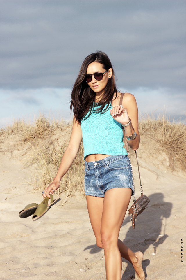 bikini girl beach coohuco 11