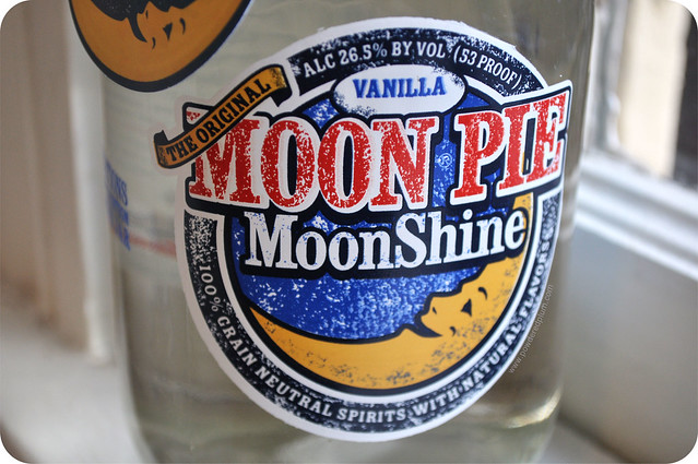 Moon Pie MoonShine - Logo