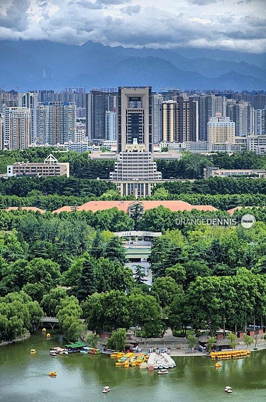 兴庆公园和西安交通大学