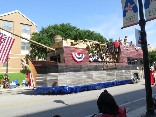 Arlington 4th parade
