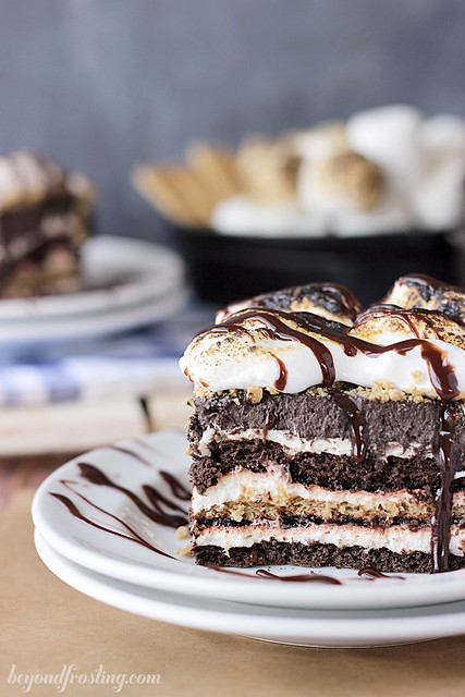 Oooey Goooey S'mores Lasagna- a no-bake icebox cake filled with layers of chocolate, graham cracker and marshmallow