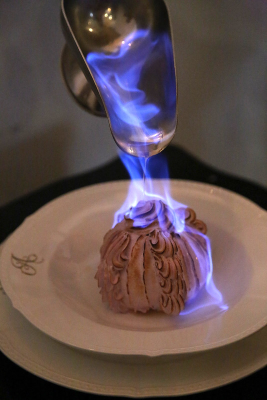 Baked Alaska in action
