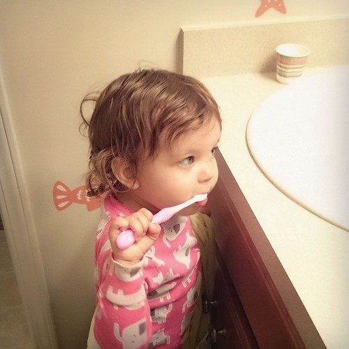 First teeth brushing