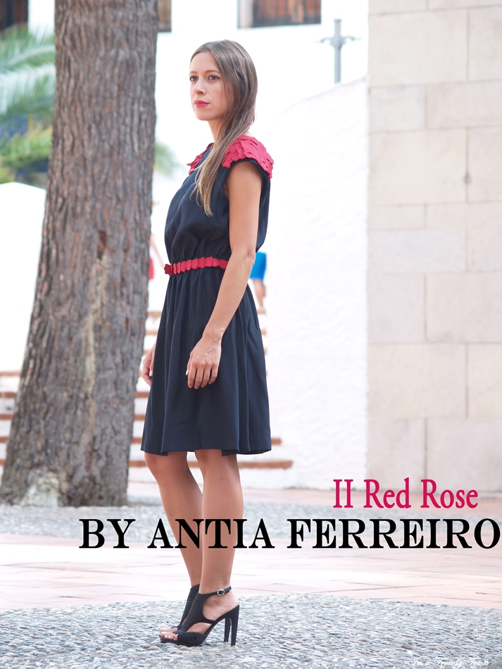 II RED ROSE BY ANTIA FERREIRO