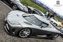 koenigsegg ccx(0.0), koenigsegg cc8s(0.0), race car(1.0), automobile(1.0), vehicle(1.0), performance car(1.0), automotive design(1.0), koenigsegg ccr(1.0), land vehicle(1.0), luxury vehicle(1.0), supercar(1.0), sports car(1.0),