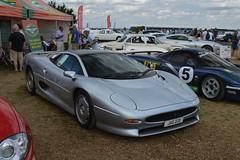 ferrari 360(0.0), koenigsegg cc8s(0.0), koenigsegg ccr(0.0), race car(1.0), automobile(1.0), vehicle(1.0), performance car(1.0), automotive design(1.0), jaguar xj220(1.0), land vehicle(1.0), supercar(1.0), sports car(1.0),
