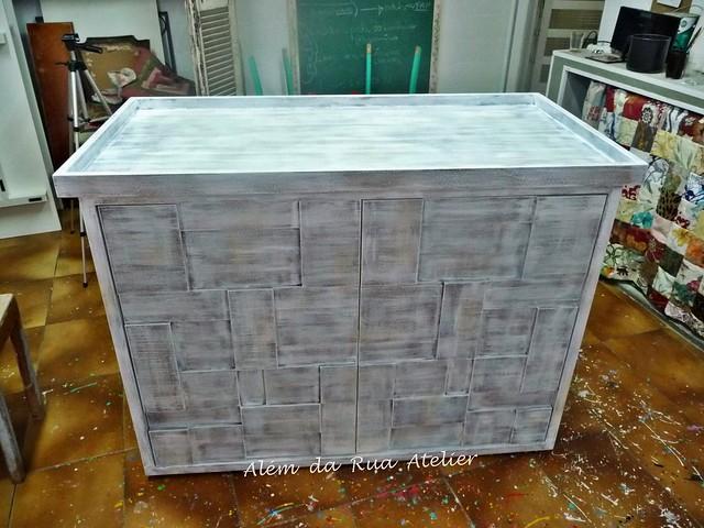 Como deixar MDF com cara de madeira, e como fazer pátina