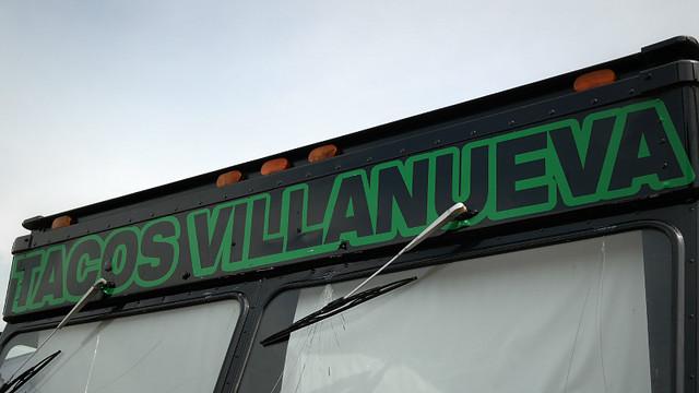 Tacos Villanueva Taco Truck in Des Moines, Iowa