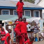 Amani Festival 2014 - Les acrobates animent le village humanitaire