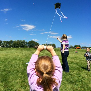 A perfect day for the #dekalbil Kite Fest. Sadie got lift off @grrlroloff, @stat1995 and #docwells in the background
