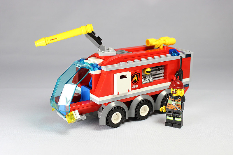 Alternate Models Challenge 60004 Fire Station Lego Town