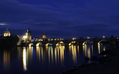 bridge night prague czechrepublic vltavariver