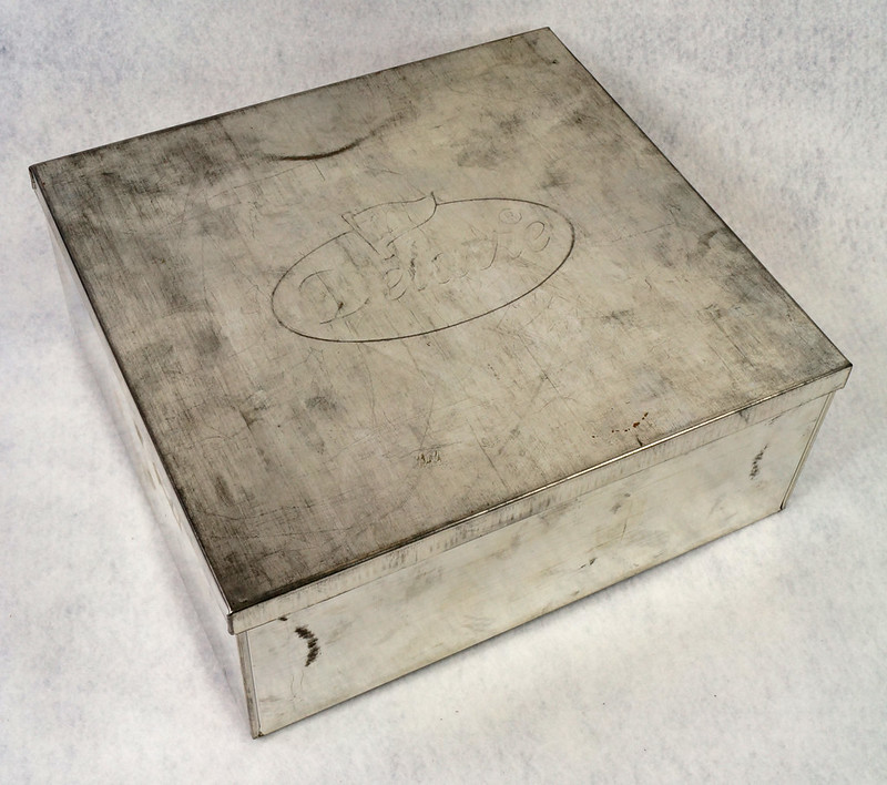 RD15330 Delacre Tin Box Square Vintage Collectible Metal Large Square Advertising DSC09196
