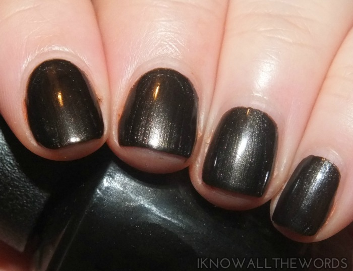 ford mustang by opi collection swatches - queen of the road (1)