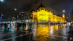 australien: rainy night in melbourne