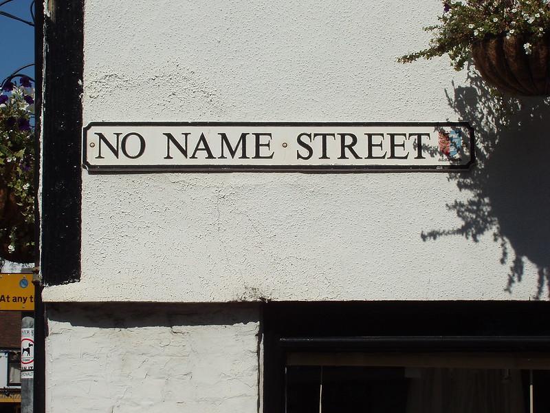 200908290438_Sandwich-no-name-street
